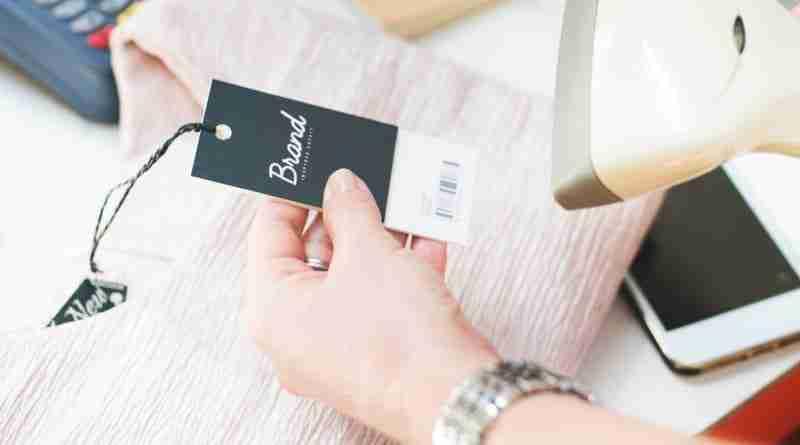 Sesso a pagamento con etichette